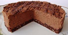 Csokiimádóknak feltétlen ajánlom kipróbálásra, ráadásul sütést sem igényel. Hozzávalók 18 cm-es kapcsos tortaformához A tésztához ...