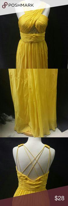 "Aidan Mattox 6 Aidan Mattox 6 gown.  12"" side zipper. Fully lined. Gown 100% silk Lining 100% polyester Aidan Mattox Dresses Prom"