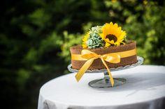 wedding cake happines color love naked cake vintige cake birthday cake fruit cake with flower  raspberry chocolate yellow sunflower