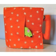 Livre en tissu Une souris verte