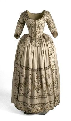 Dress c. 1780-1790.  I wish I could talk to the lady who wore this!