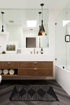 Modern Master Bathroom, Big Bathrooms, Bathroom Renos, Modern Bathroom Design, Bathroom Interior Design, Beautiful Bathrooms, Bathroom Renovations, Small Bathroom, Bathroom Fixtures