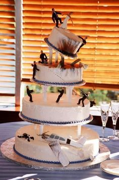 Tarta de #boda de disastre jaja! / Disaster #wedding cake, love it!