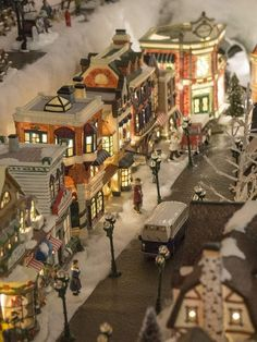 Christmas In The City, Christmas Town, Christmas Mantels, Christmas Villages, Noel Christmas, Outdoor Christmas, Christmas Decorations, Xmas, Christmas Tree Village Display