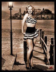 1948 Marilyn Monroe !
