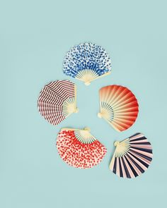 Paper Fan - Love this, going up on the top of my wishlist! <3