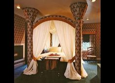 Amazing four poster bed at Tara- A Country Inn in Clark Pennsylvania