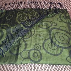 Beautiful green wrap scarf Green large warp Accessories Scarves & Wraps
