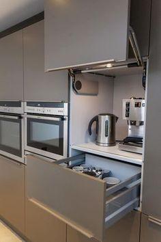 Extraordinary Modern Kitchen Area Cabinet Styles - Dova Home Cottage Kitchen Cabinets, Modern Kitchen Cabinets, Kitchen Cabinet Design, Kitchen Countertops, Kitchen Decor, Kitchen Ideas, Gray Cabinets, Small Modern Kitchens, Modern Kitchen Design