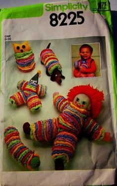 Simplicity 8225 Yo Yo Doll Toy Pattern 1970s.