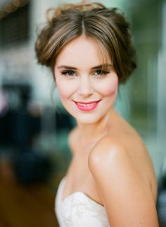 Soft classic Bridal makeup is timeless, therefore unregrettable!