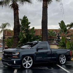 Chevy Trucks Lowered, Custom Chevy Trucks, Classic Chevy Trucks, Gm Trucks, Chevrolet Trucks, Chevrolet Silverado, Cool Trucks, Pickup Trucks, Big Chevy Trucks