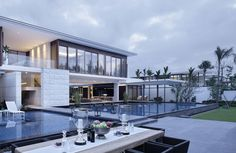 Chenglu Villa is a residential complex consisting of two homes and located in Lingshui, Hainan, China. It was designed by gad in 2014.
