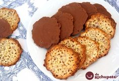 Moscovitas, my grandma's faves! Mexican Food Recipes, Sweet Recipes, Cookie Recipes, Dessert Recipes, Chocolate Caramels, Chocolate Cookies, Spanish Desserts, Cookie Time, Crazy Cakes