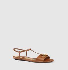 Gucci - leather t-strap sandal 384829A3N002535