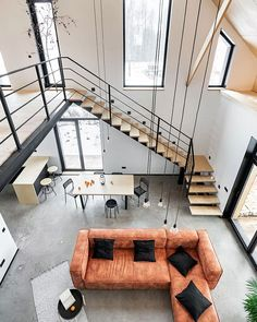 This laconic modern cottage in the suburbs of St. Petersburg is very similar to a typical Scandinavian wooden house - a cool black facade and minimalistic ✌Pufikhomes - source of home inspiration Wooden House Design, Warm Industrial, Wooden Cottage, Home Staging Tips, Easy Wood Projects, Minimalist Interior, Scandinavian Interior, Vintage Design, Bath Caddy