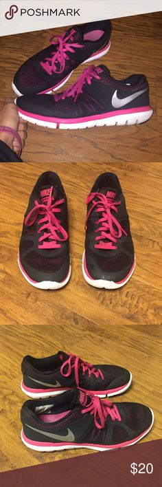 Nike flex running shoes Great condition! Love how it has variations of mesh material with pink and black and solid black sections making a very cute design! Nike Shoes Sneakers