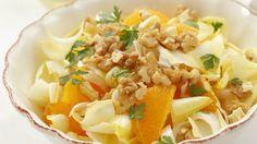 Chicorée-Orangen-Salat mit Walnüssen