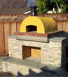 The Plesha Wood Fired Pizza Oven in California.   Built with the Cortile Barile DIY Pizza Oven forms by BrickWood Ovens.