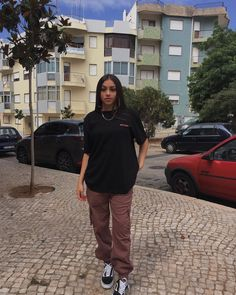 You are in the right place about tomboy outfits chic Here we offer you the most beautiful pictures a Tomboy Fashion, Teen Fashion Outfits, Edgy Outfits, Swag Outfits, Retro Outfits, Mode Outfits, Cute Casual Outfits, Grunge Outfits, Streetwear Fashion