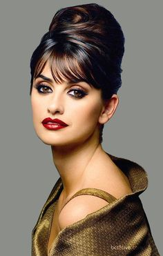 This is Penelope Cruz. I want my hair done like this! Calling all beauticians-----re Inner by acb Summer Hairstyles, Up Hairstyles, Wedding Hairstyles, Beehive Hairstyles, Quinceanera Hairstyles, Celebrity Hairstyles, Natural Hairstyles, Pretty Hairstyles, Hair Dos