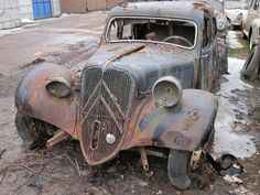 Switzerland�s Kaufdorf Vehicle Graveyard (PHOTOS)