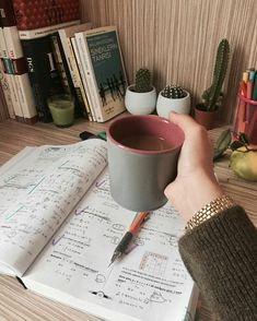 College Motivation, Study Motivation, Study Pictures, Study Pics, Tittle Ideas, Study Helper, Keep Calm And Study, School Study Tips, Study Areas