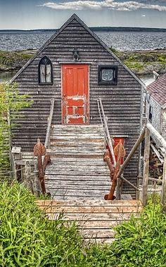 Near Blue rocks- Beach House Nova Scotia Cabins And Cottages, Beach Cottages, Beach Houses, Tiny Houses, Coastal Cottage, Coastal Living, Nova Scotia, Cabana, Quebec