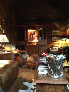Barn Lounge, nice sitting area with no TV