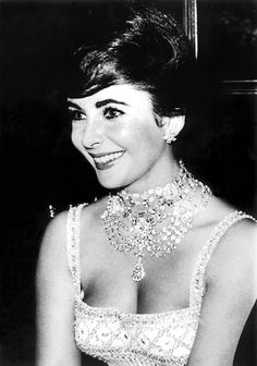 Elizabeth Taylor...I think this is one of her best pics...she looks so happy