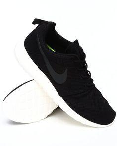 Nike Men Nike Roshe Run Sneakers - Footwear