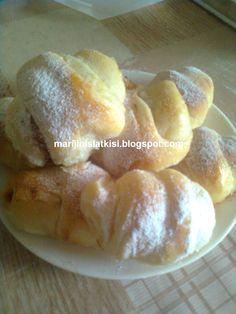 best recipes ever Bosnian Recipes, Croatian Recipes, Bakery Recipes, Dessert Recipes, Cooking Recipes, Kolachi Recipe, Kiflice Recipe, Kolaci I Torte, Bread And Pastries