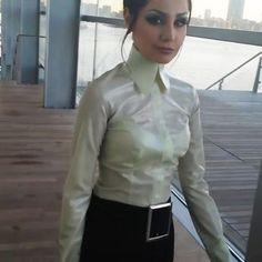 Satin Bluse, Pencil Skirt Black, Pencil Skirts, Satin Shirt, Latex Fashion, Gothic Fashion, Latex Dress, Beautiful Blouses, Collar Blouse