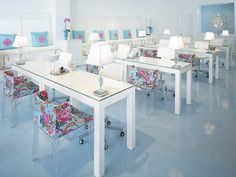 House of Turquoise: Michael Habachy. Now, THAT is a nail salon. Yummy parsons tables!