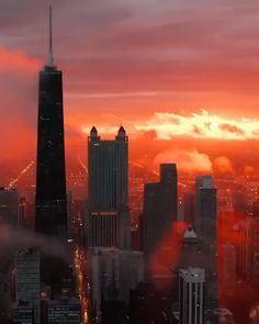 "🅛🅤🅧🅤🅡🅨 🅛🅐🅓🅘🅔🅢 🅒🅛🅤🅑 on Instagram: ""#luxuryladysclub  Sunset on Fire 🤍 Tag some friends 🤍 Cr. @john.lupu  #earth #sunset #chicago #nature #traveler #adventure #discover…"" Drone Videography, Visit Chicago, Love Your Neighbour, Empire State Building, The Dreamers, Skyscraper, New York Skyline, To Go, Photos"