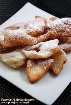 Faworki drożdżowe (Yeast Breaded Stripes - recipe in Polish)