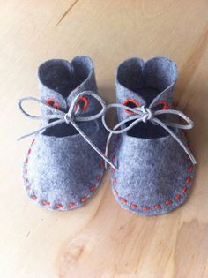 Hand stitched Baby Booties from Grey Wool Felt by PlaneofImmanence
