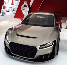 A stunning Audi TT that any car-nut would be delighted to own! Audi Tt, Audi Cars, Audi 2017, Bugatti, Aston Martin, Tt Tuning, Carros Audi, Porsche 918 Spyder, Ferrari
