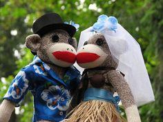 Hawaiian Wedding Sock Monkeys by sockmonkeyfun, via Flickr