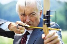 Don't know who he is but hey good to know old guys can kick butt too! Archery Tips, Recurve Bows, Traditional Bow, Wooden Bow, Bow Hunting, How To Make Bows, Cosplay, Bow Making, Catapult