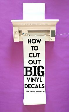 to cut and apply big pieces of vinyl! How to cut and apply big pieces of vinyl! - A girl and a glue gunHow to cut and apply big pieces of vinyl! - A girl and a glue gun Plotter Silhouette Cameo, Silhouette Cameo Projects, Silhouette Machine, Silhouette School, Silhouette Cutter, Silhouette Files, Silhouette Studio, Inkscape Tutorials, Cricut Tutorials