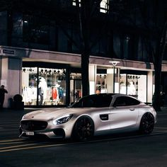 Amg Car, Old School Cars, Engin, Mercedes Car, Mclaren P1, Exotic Cars, Cars And Motorcycles, Liquid Metal, Luxury Cars