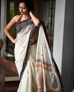 It's called anuchcharita - an untold story. this handloom mul soft saree is handwoven by mithun dada- our weaver. he spent so much time… Lace Saree, Cotton Saree, Indian Dresses, Indian Outfits, Off White Saree, Saree Blouse Neck Designs, Saree Trends, Stylish Sarees, Elegant Saree