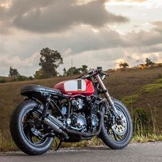 @caferacergram  by CAFE RACER | TAG: #caferacergram # | Yamaha XJ650 by @acecustomshop #acecustomshop #xj650 #xj650caferacer #caferacer #caferacers | See more at www.facebook.com/caferacers