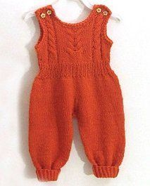 Knitted overalls for newborn knitting … - Kleidung 2020 Crochet Baby Jacket, Knit Baby Dress, Crochet Baby Clothes, Sweater Knitting Patterns, Free Knitting, Knitting Needles, Baby Dungarees, Romper Pattern, Crochet Girls