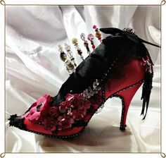 lollydollycrafts Tutorials: Altered Shoe Tutorial Shocking Pink and Black