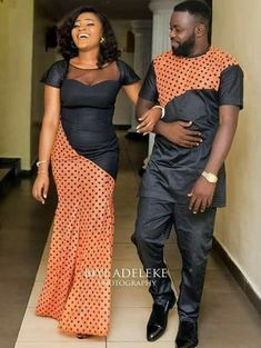 Latest Ankara Styles For Couples in 2018 - Wedding Digest Naija Couples African Outfits, African Clothing For Men, African Shirts, Latest African Fashion Dresses, African Dresses For Women, African Print Dresses, African Print Fashion, Africa Fashion, African Attire