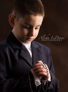 First Holy Communion  | Alisha LeDonne Photography  #alishaledonnephotography #firstholycommunion #newjersey www.alishaledonnephotography.com