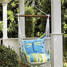 Summer Décor - Natural Accents, Floral Rugs and Summer Decorations from Through the Country Door®