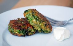 "Vegan broccoli/""cheese"" Fritters"